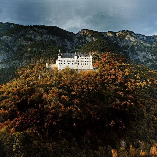 Take a trip to the Renaissance juwel of Austria's castles ...